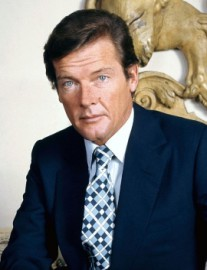 Come si pronuncia Roger Moore - Photo by Allan Warren
