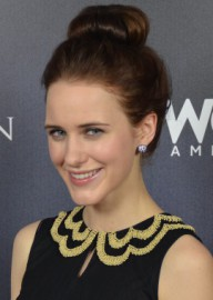 Come si pronuncia Rachel Brosnahan - Photo by Mingle Media TV