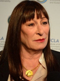 Come si pronuncia Anjelica Huston - Photo by Mingle Media TV