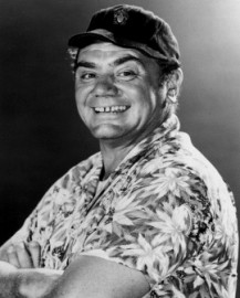 Come si pronuncia Ernest Borgnine - Photo by Milburn McCarty Public Relations