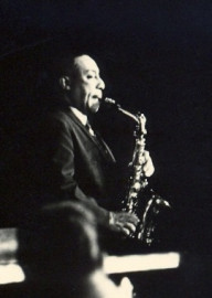 Come si pronuncia Johnny Hodges - Photo by Dontworry