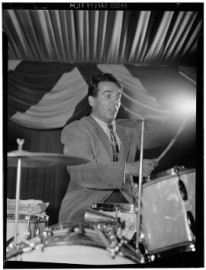Come si pronuncia Gene Krupa - Photo by William P. Gottlieb